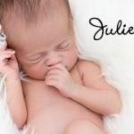 Photographe nouveau-nés studio Paris – Juliette 17 jours