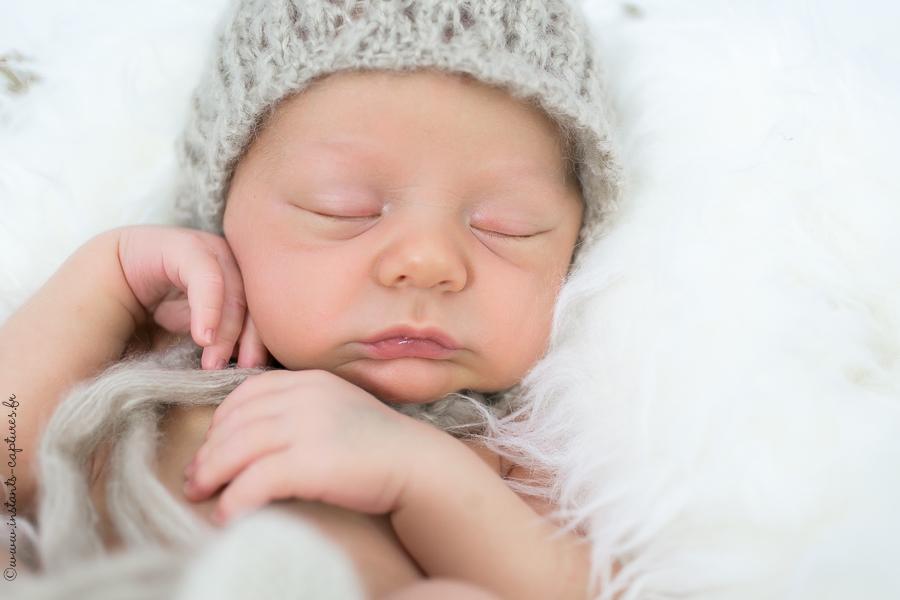 Photographe spécialiste photo de naissance et nouveau-né – Paris