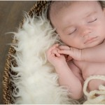 Photos Bébé 1 mois en Studio – Gaspard